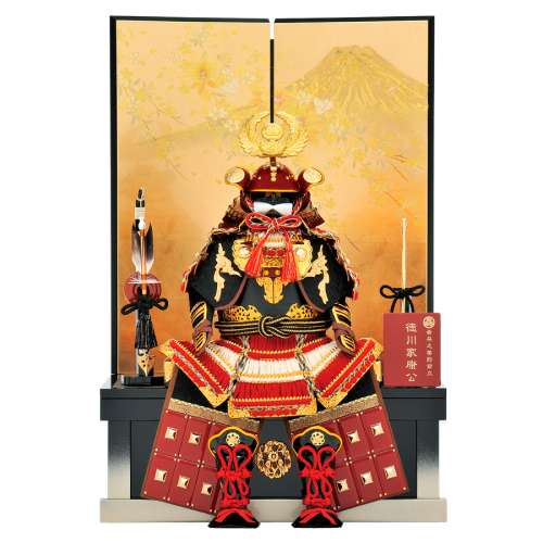 【家康公鎧】 金箔押屏風には富士に桜の絵柄が、金彩加工で仕上げられています。コンパクトながら家康公鎧の堂々とした収納飾り。