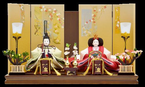 【環 来】正絹糸の繊細な極上手刺繍を施した親王。京金彩の施された美しい絵柄の屏風に、木目調の飾台がインテリアにもマッチします。